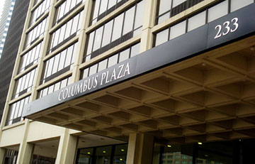 Columbus Plaza Apartments - Chicago, Illinois